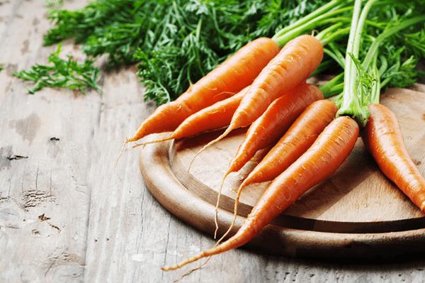 Carrot Salad With Ginger Miso Vinaigrette