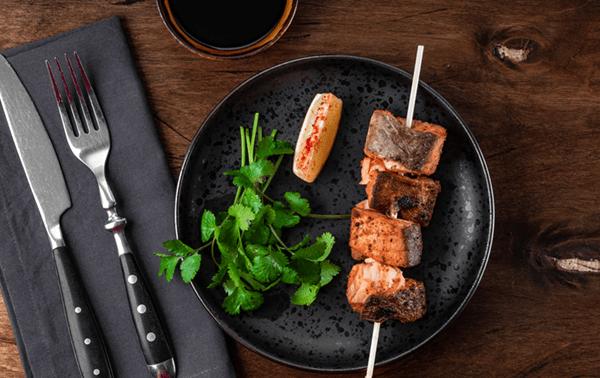 Tarragon Salmon Kebabs With Sour Cream Sauce