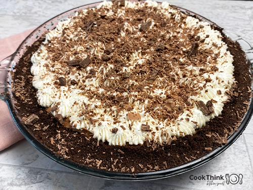 Copycat Marie Callender's Chocolate Satin Pie Picture
