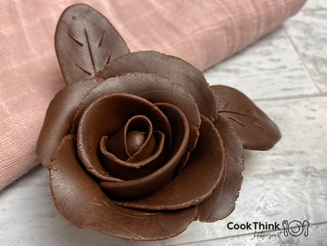 Gorgeous Chocolate Covered Strawberries Rose _one rose